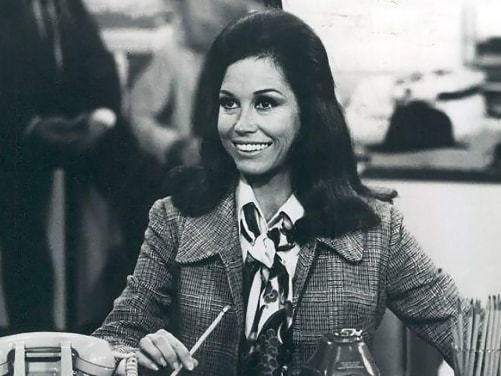 Paying Tribute to Mary Tyler Moore's Legacy