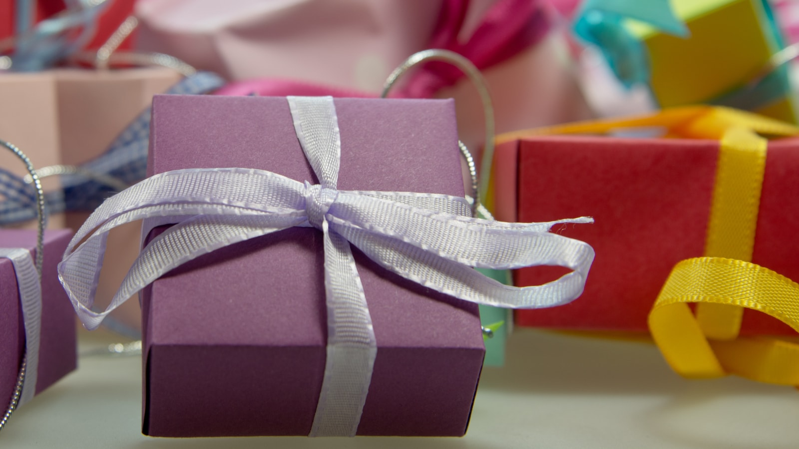 Rules For Office Holiday Gift Exchange Topresume